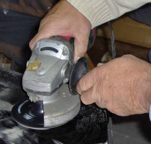 Szlifowanie powierzchni blachy przed obkurczaniem termicznym