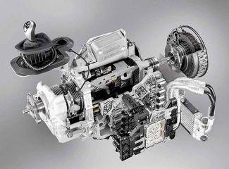 Dwusprzęgłowa skrzynia biegów DCT (dual clutch transmission) ze sterowaniem elektroniczno-hydraulicznym (BMW)